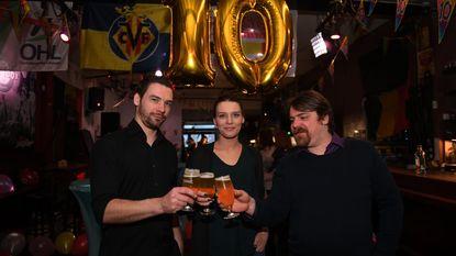 Café Paradox toost op 10de verjaardag met eigen bier