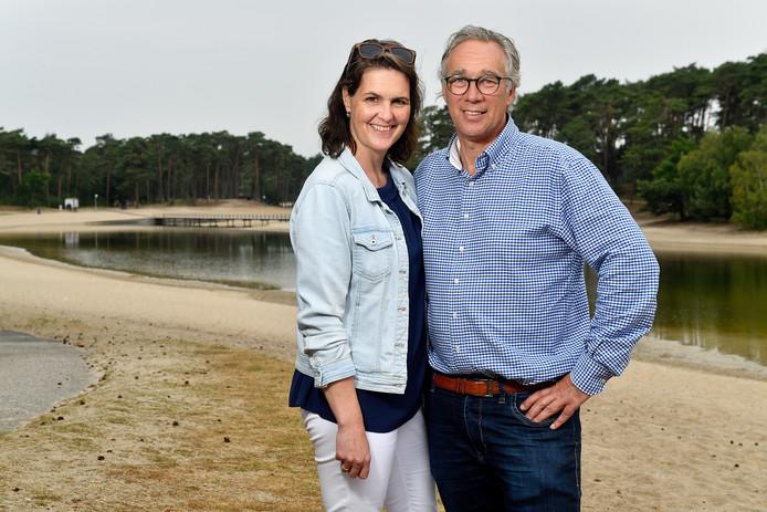 Martien en Julianne van de Lagemaat, de exploitanten van het Henschotermeer.