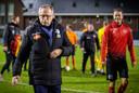 De Nijmeegse trainer Eric Meijers van Spakenburg is teleurgesteld na de nederlaag tegen De Treffers.