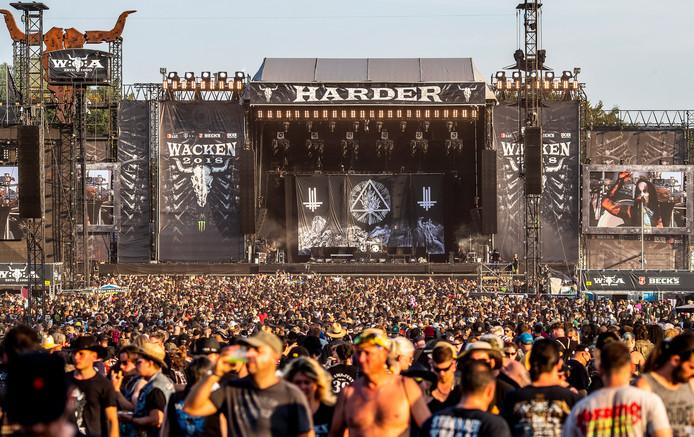 Tussen 2 en 4 augustus bezochten ongeveer 70.000 fans van heavy metal het Wacken Open Air festival.