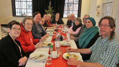 MézenHalle en Open Armen organiseren kerstfeest