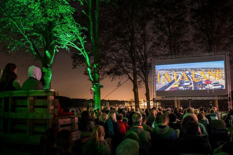 West Beach Film Festival aan de Sloterplas. Beeld Marlise Steenman