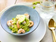 Wat Eten We Vandaag: Spaghetti met avocadopesto en garnalen