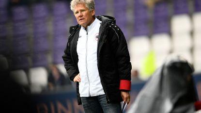 """Laszlo Bölöni meer met volgend seizoen dan met groepswinst bezig: """"We veranderen niet van idee"""""""