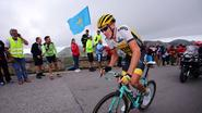 Herbeleef hoe Gesink de koninginnenrit naar zijn hand zette in de Vuelta