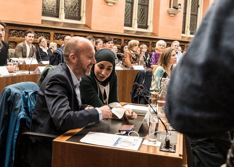 Met Hafsa El-Bazioui heeft Gent een eerste gemeenteraadslid met een hoofddoek