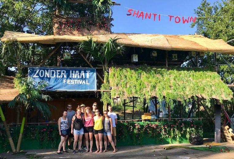 De ploeg van Shanti Town is voorbereid op de hitte
