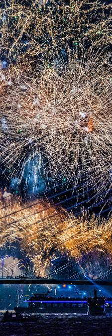 Burgemeester Jetten: Vuurwerkshow in Vlaardingen mooi alternatief voor vreugdevuren