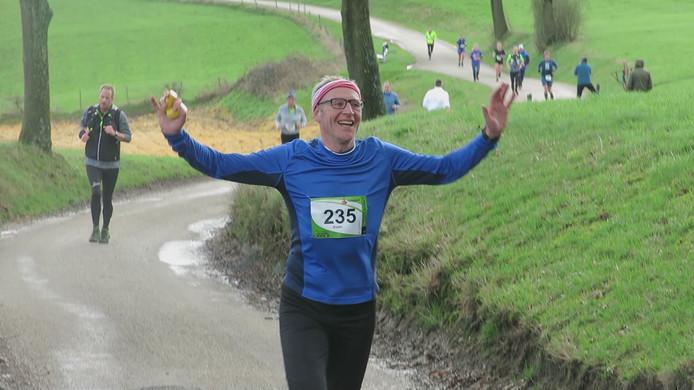 Koen Peeters uit Groningen voltooit weer een marathon: hij loopt er dit jaar twaalf.