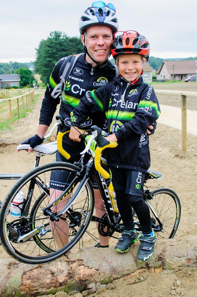 Thibau - niet toevallig zo genoemd - was als bijna-achtjarige een van de jongste deelnemers. Hij fietste met papa Davy Stevens in volledige Nys-outfit maar liefst 68 kilometer.