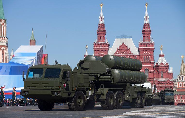 Het Russische luchtverdedigingssysteem S-400 op een militaire parade in Moskou. Beeld AP