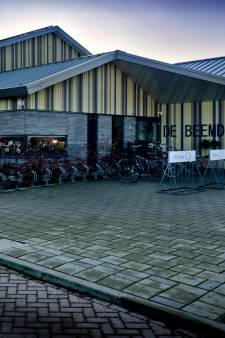 Dorpshuis in Oud-Alblas per direct dicht na ruzie tussen beschonken beheerder en EHBO
