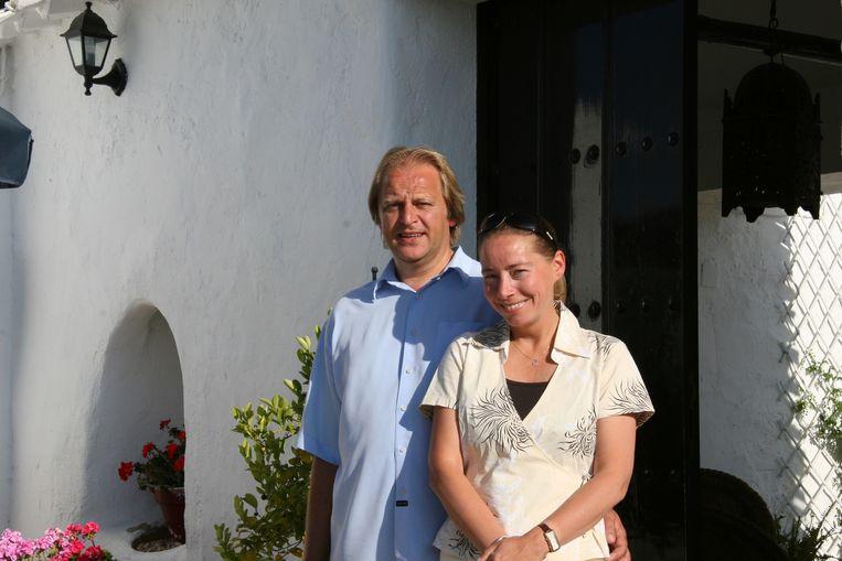 Patriek en Bernadette Defauw uit Aalter aan hun B&B Cortijo La Haza in Spanje.