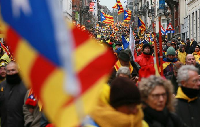 Duizenden Catalanen in Brussel.