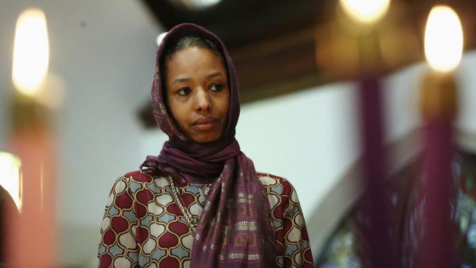 De christelijke docent Larycia Hawkins draagt een hoofddoek uit solidariteit met moslims.