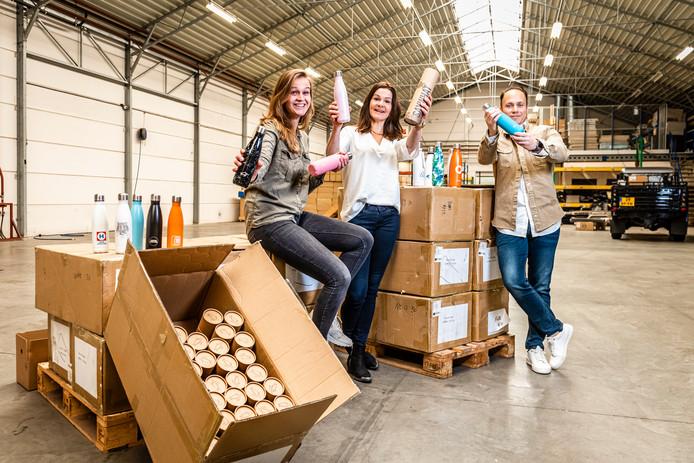 Nadine Kea, Annuska Stevens en Jasper van Arkel van SayWhat Bottles.