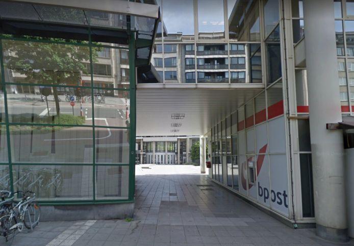 Bpost sloot het kantoor aan de Zuid, en of er ooit een nieuw komt, is niet duidelijk.