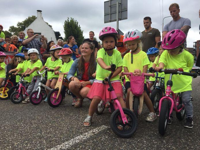 Loopfietswedstrijd Etten-Leur: 74 deelnemerstjes