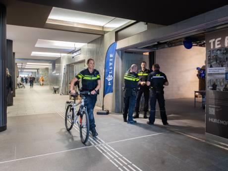 Conductrice (63) in Breda bewusteloos geslagen door zwartrijder: 'Zeer laffe actie'