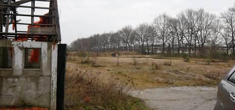 Grensruzie suddert door: inwoners Veeneind blijven van Rhenen