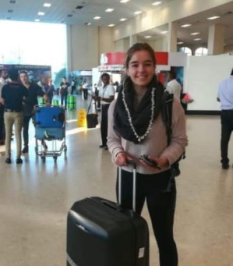 Sophie (17) uit Hengelo voor stage in Sri Lanka: 'ongewoon stil op straat'