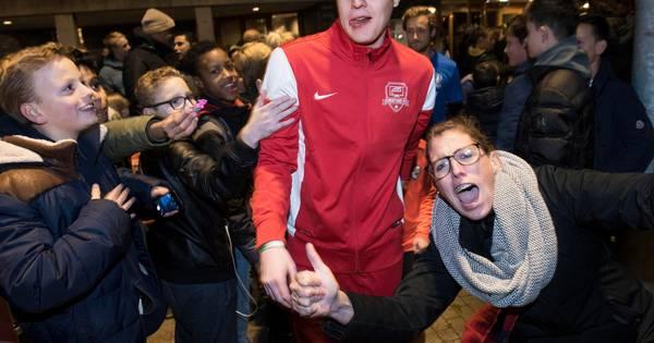club erotisch diepe keel in Oosterhout