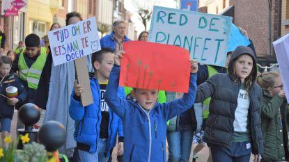 Sint-Jan Berchmansschool combineert klimaatmars met inzameling van zwerfvuil