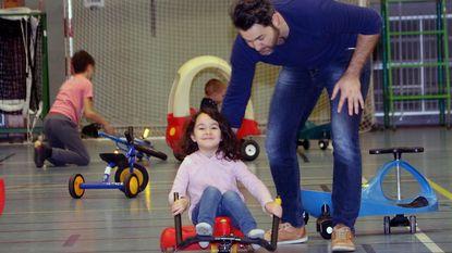 Kinderen leven zich uit in sporthal Den Uyt