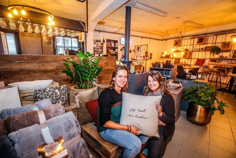 Torhout: Sis Mieke en Ann Vermeulen