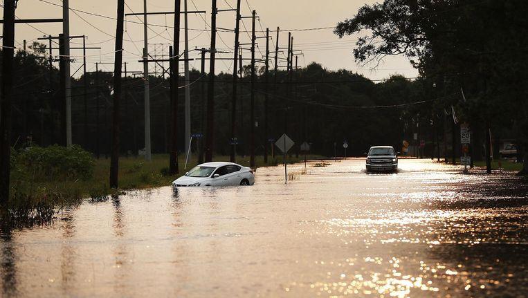 Overstroomde straten in Orange in de Amerikaanse staat Texas. Beeld anp