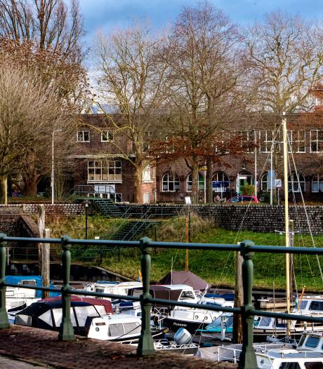 Nationale monumentenorganisaties strijden voor behoud van voormalig Meisjesvakschool in Zutphen