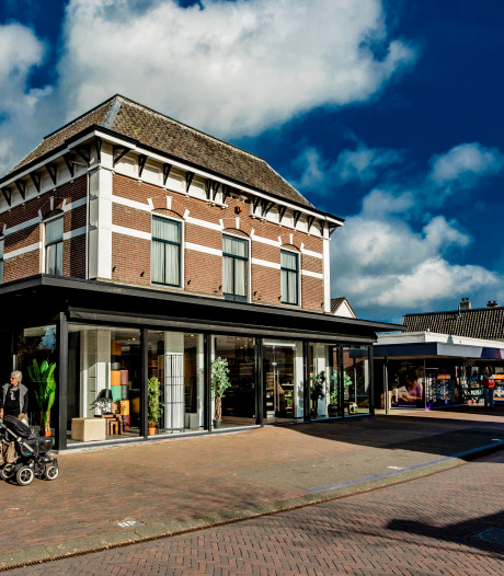 Winkels houden stand in kleine kern Olst: 'Je moet elkaar ook wat gunnen'