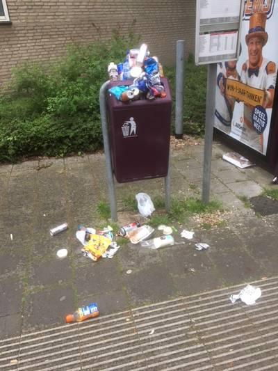Overlast jeugd bij bushalte Zundertse Berkenlaan