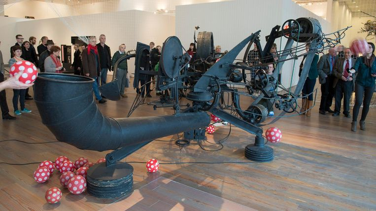 Tinguely's sculptuur Rotozaza No. 1, in Museum Tinguely in Zwitserland Beeld anp