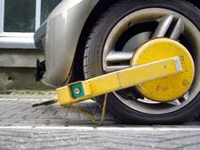 Kijkers StukTV geven politieauto wielklem: toch geen boete