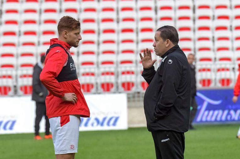 De Tunesische bondscoach Nabil Maaloul (rechts) met Fakhreddine Ben Youssef.