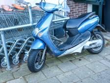 Scooterrijder raakt gewond bij val in Baarn