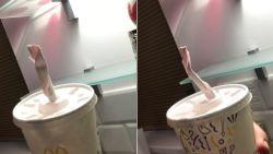 """""""Hoe moet ik hier mijn milkshake uit drinken?"""": McDonald's-klanten niet te spreken over papieren rietjes"""