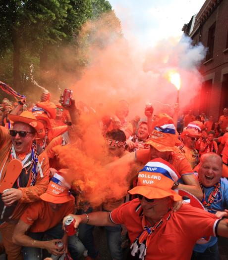 Foto's | Oranjefans nemen Valenciennes over