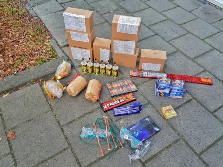 Grote hoeveelheid zwaar illegaal vuurwerp gevonden in twee Oisterwijkse woningen