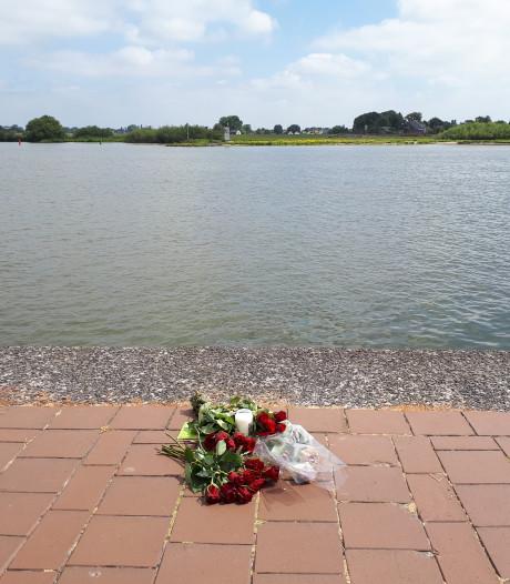 'Blijf uit de IJssel, het is geen zwembad'