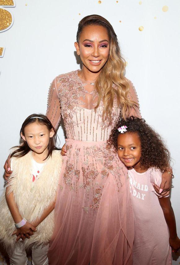 Mel B  met haar dochter Madison (rechts)