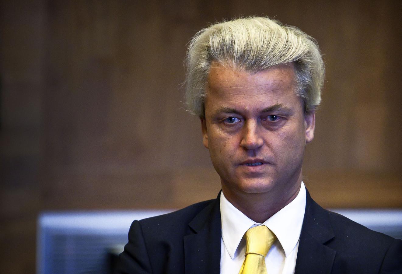 """Advocaat Knoops: ,,Wilders is ontdaan en ernstig geschokt. In mijn jaren als advocaat is me dit nog nooit overkomen."""""""