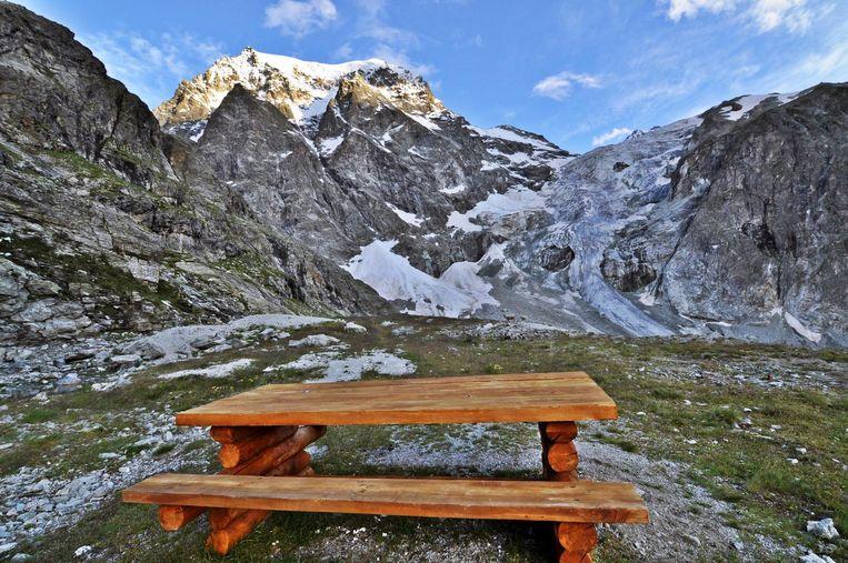 Wandel vanuit Arolla naar Plan de Bertol in de Zwitserse Alpen.