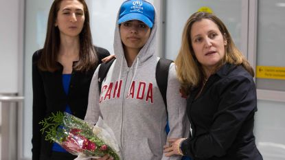 """Saudische tiener die naar Canada vluchtte, leidde """"leven van een slaaf"""""""