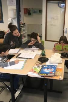 Scholen luiden de noodklok: noodopvang zit bomvol