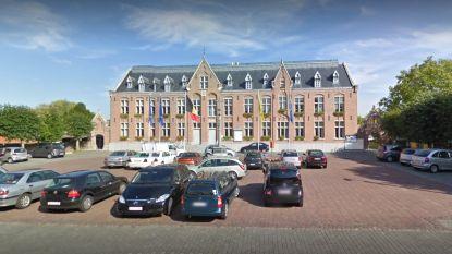 Renovatie gemeentehuis gestart
