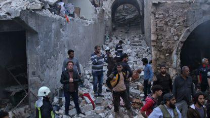 Meer dan twintig burgers gedood bij luchtaanval op markt in Syrische Idlib