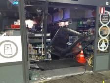 Inbrekers stelen kluis bij tankstation Beneden-Leeuwen, verdachten opgepakt