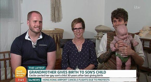 Cecile met haar zoon Matthew (links) en diens echtgenoot Elliot.